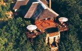 Luftbild der Lodge